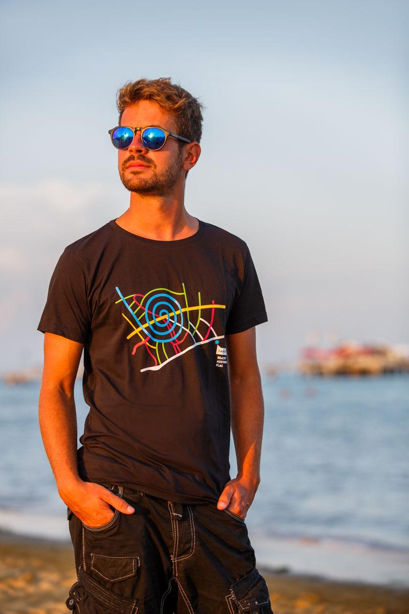 T-Shirt Spiaggia 7 uomo nera