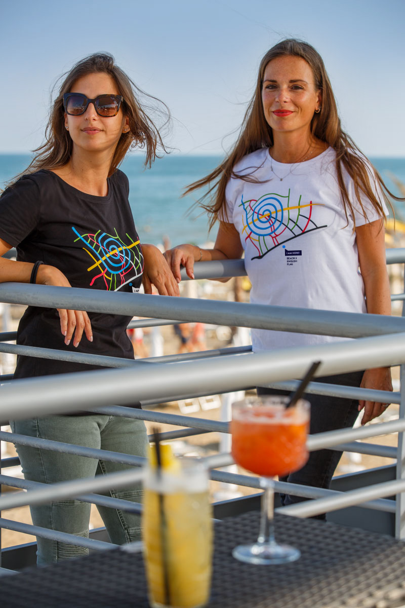 T-Shirt Beach 3 women white