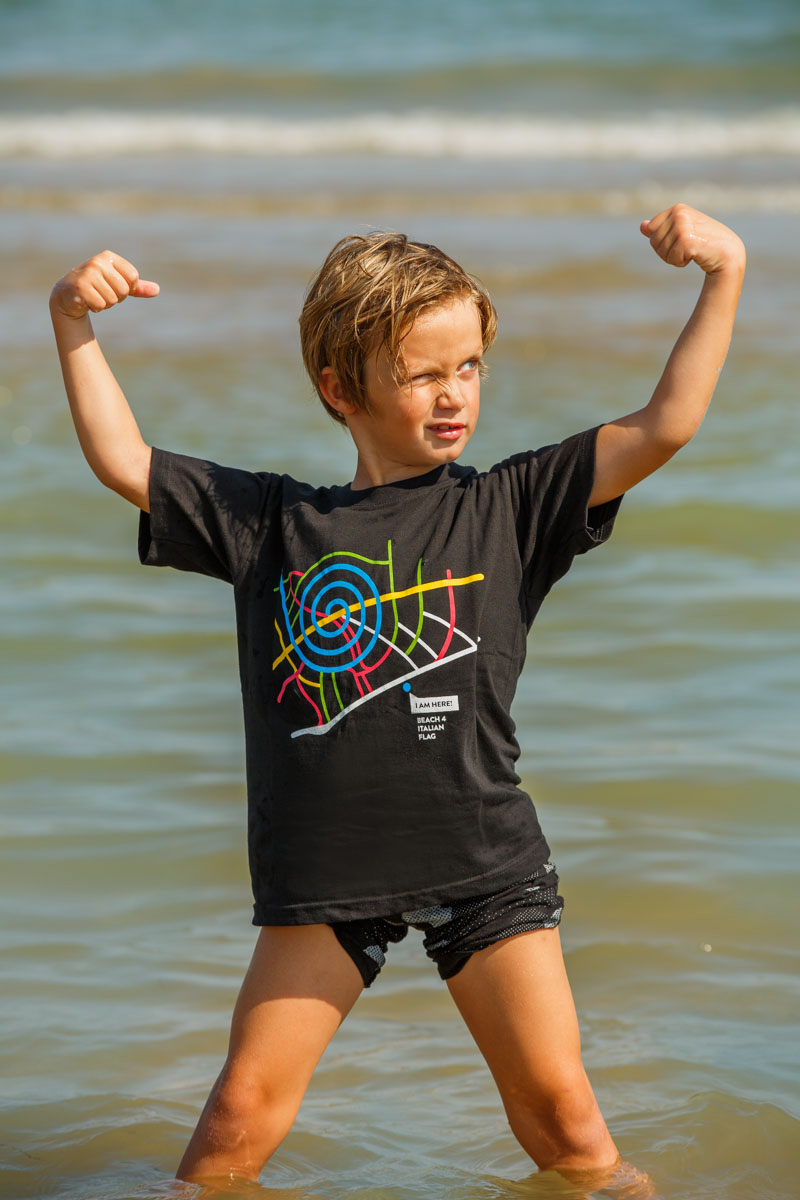 T-Shirt Beach 4 kids black
